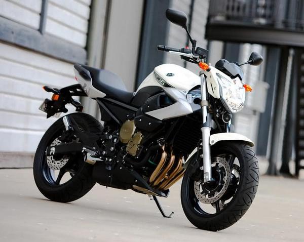 Yamaha XJ6N ABS 2021