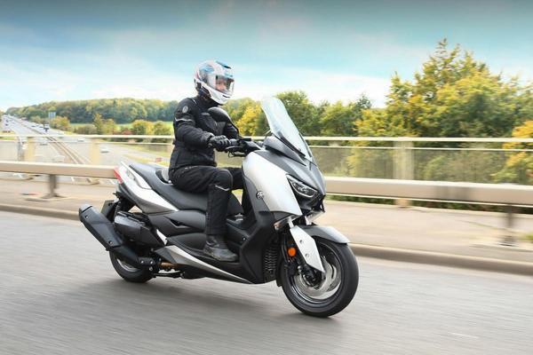 Yamaha X MAX 300 2021