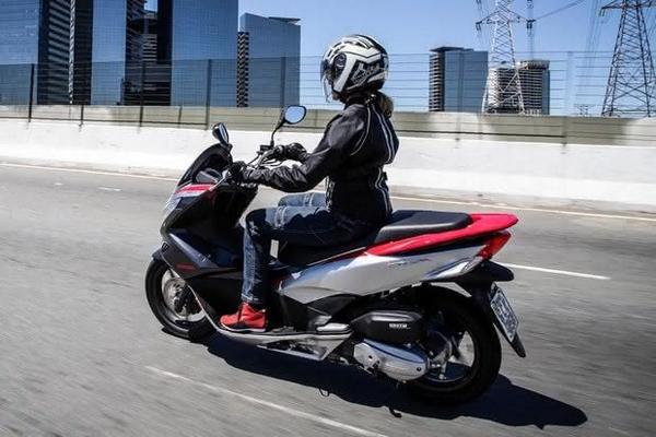Honda PCX Sport 2021