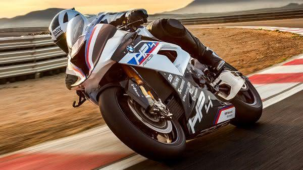 BMW HP4 Race 2021